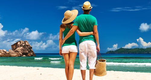 Plan your holiday with us