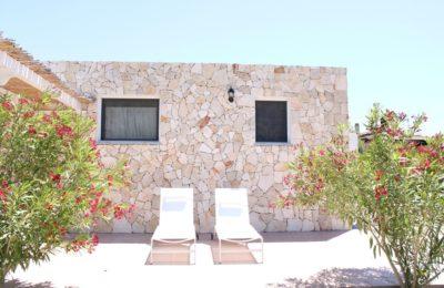 Villa con giardino ad Alghero
